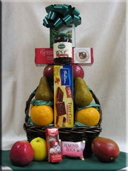 Aiellos gift baskets delivers variety