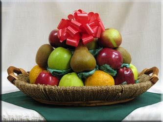 Holiday fruit baskets, or gifts by Aiellos