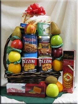 Aiellos fruit baskets at their best!